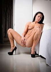 Athina Nude In A White Bedroom - Picture 5
