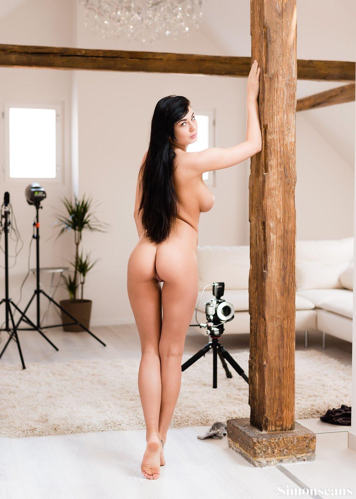 Порнозвезда люси ли рост вес, порно украинки и русского парня с огромной елдой